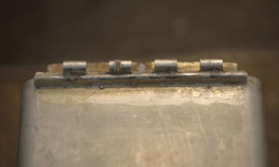 Silver hinge knuckles