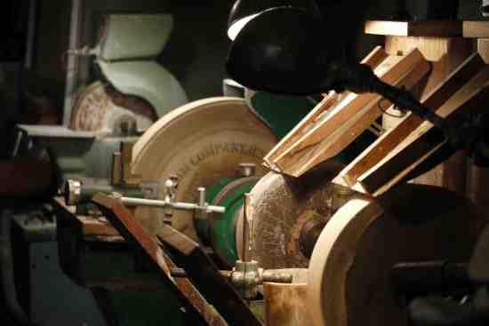 Crystal grinding & polishing